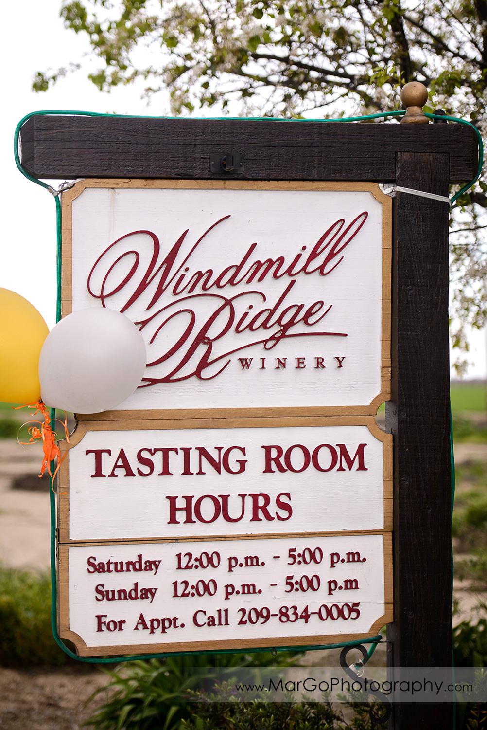 Windmill Ridge Winery sign