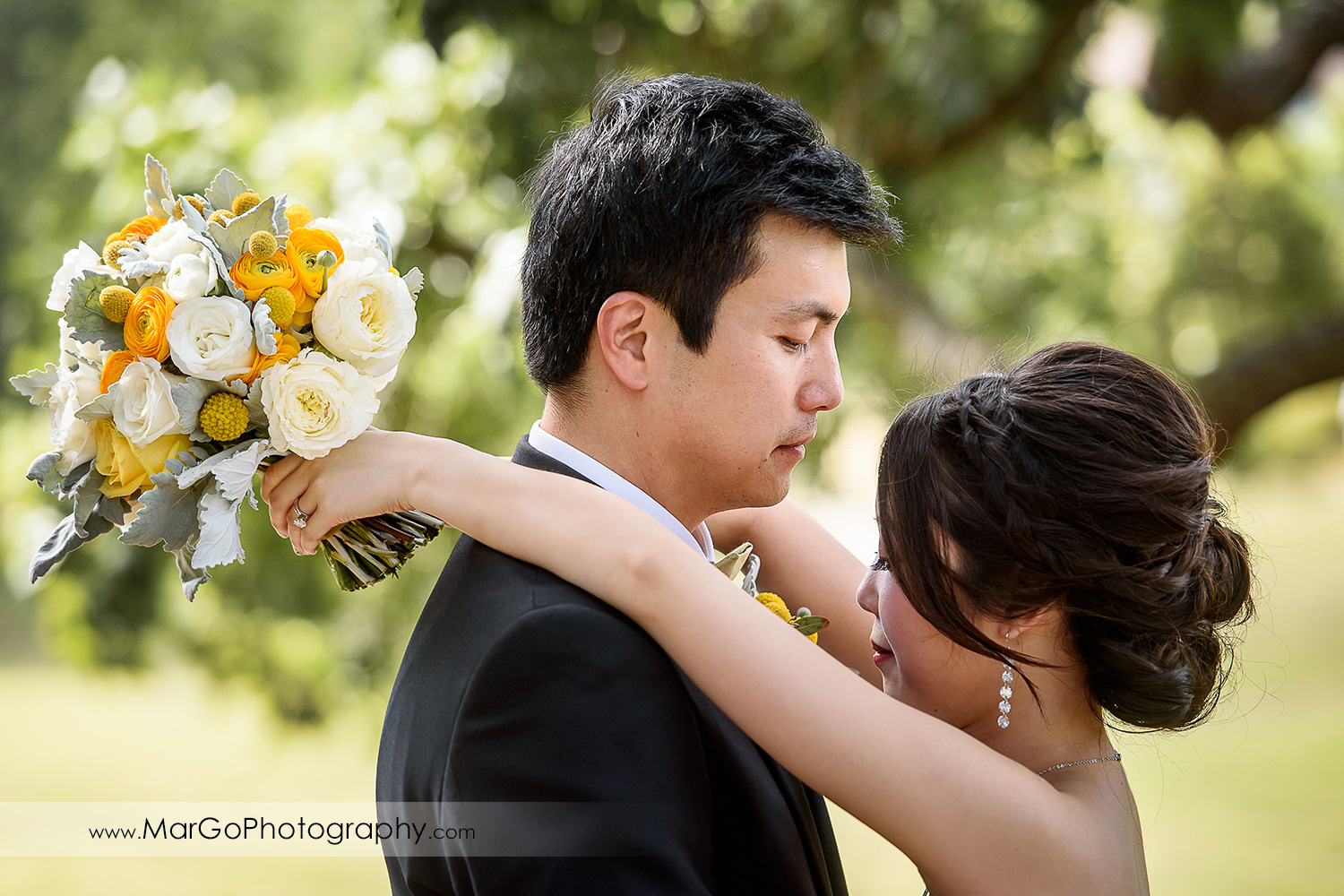 portrait of bride and groom at the Club at Ruby Hill in Pleasanton