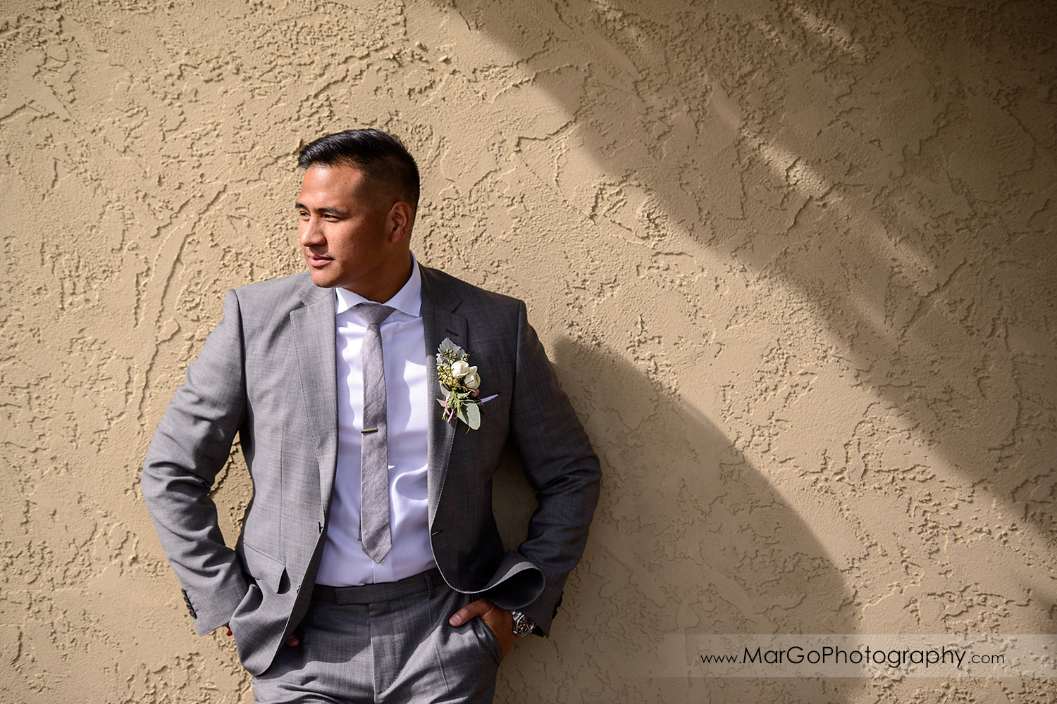 portrait of the groom at Poppy Ridge Golf Course in Livermore
