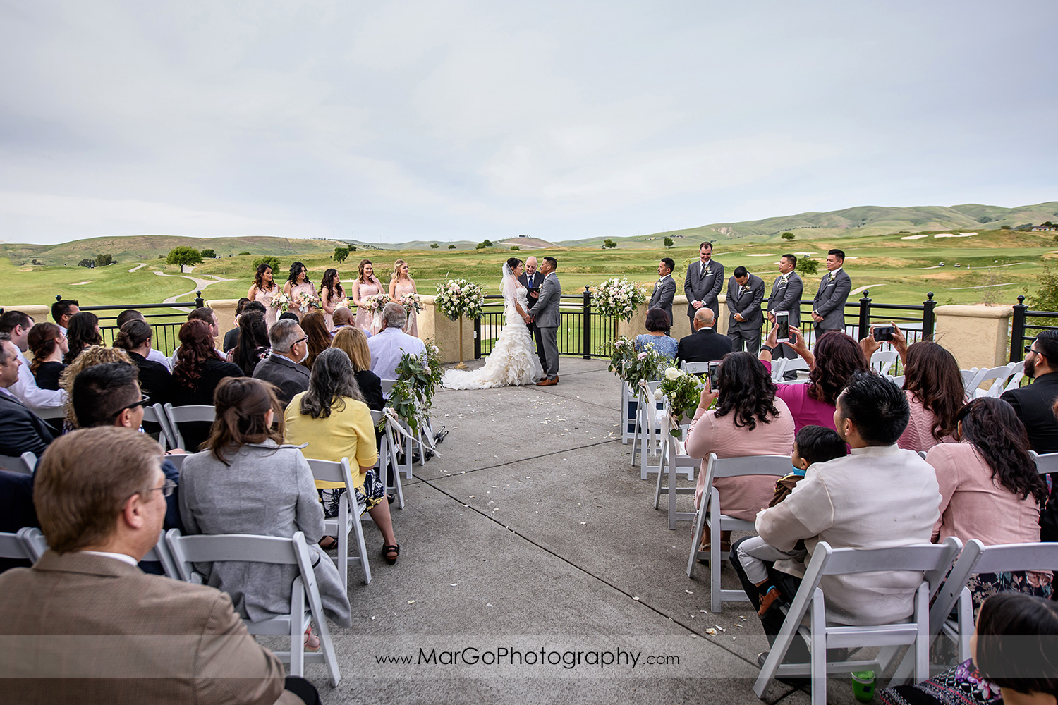 wedding ceremony at Poppy Ridge Golf Course in Livermore