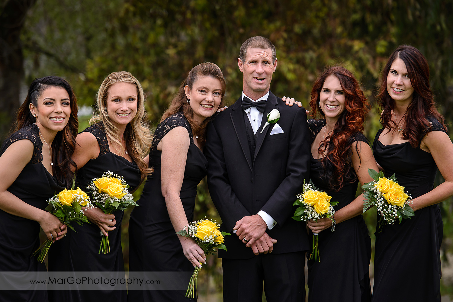 groom and bridesmaids at Las Positas Golf Course in Livermore