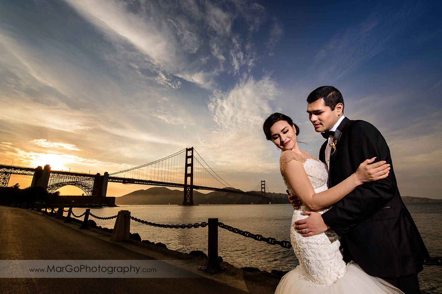 portrait of bride and groom with San Francisco Golden Gate Bridge